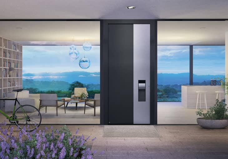Puerta de entrada a vivienda de h rmann puertas de for Puerta entrada vivienda